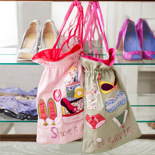 Button Girl Embroidered Shoes Bag