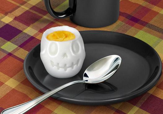 Totenkopfform für's Frühstücksei