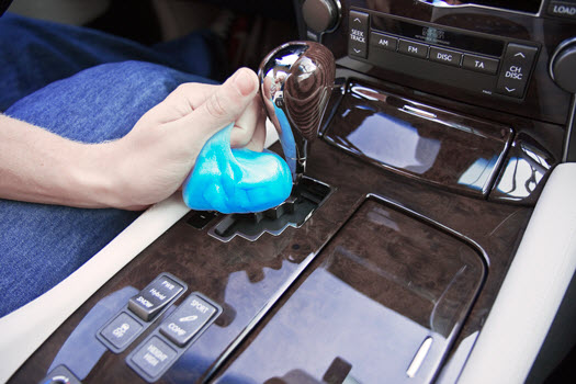 Cyber Clean fürs Auto