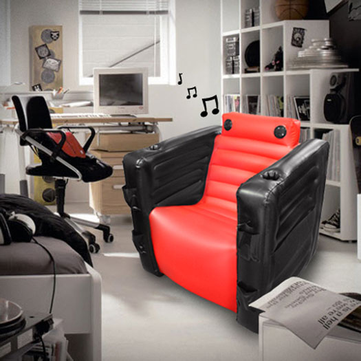 aufblasbarer gamer sessel gadgets und geschenke. Black Bedroom Furniture Sets. Home Design Ideas
