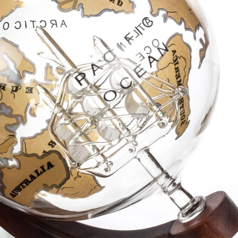 Deluxe Globe Decanter