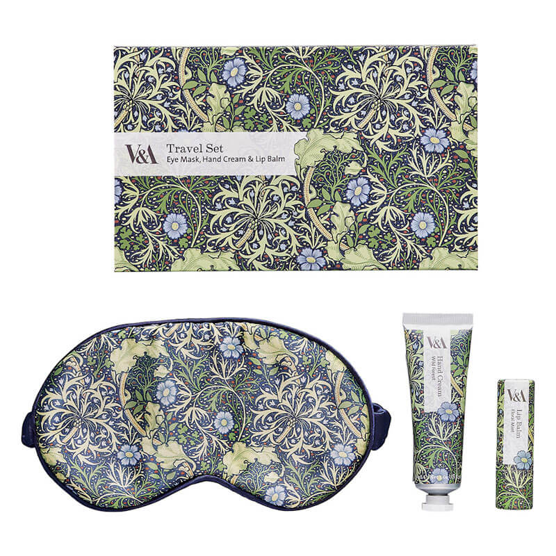 V & A Travel Set