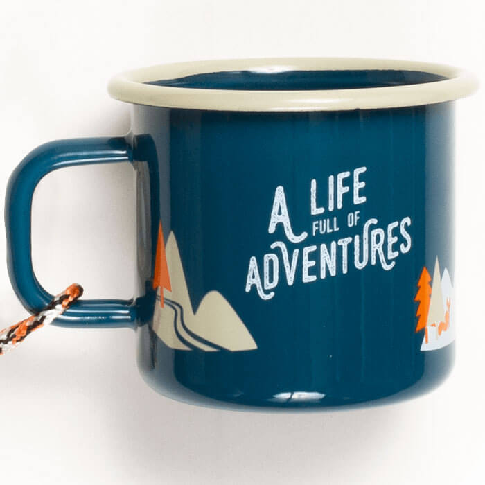 Tazza in Metallo Smaltato A life full of Adventures