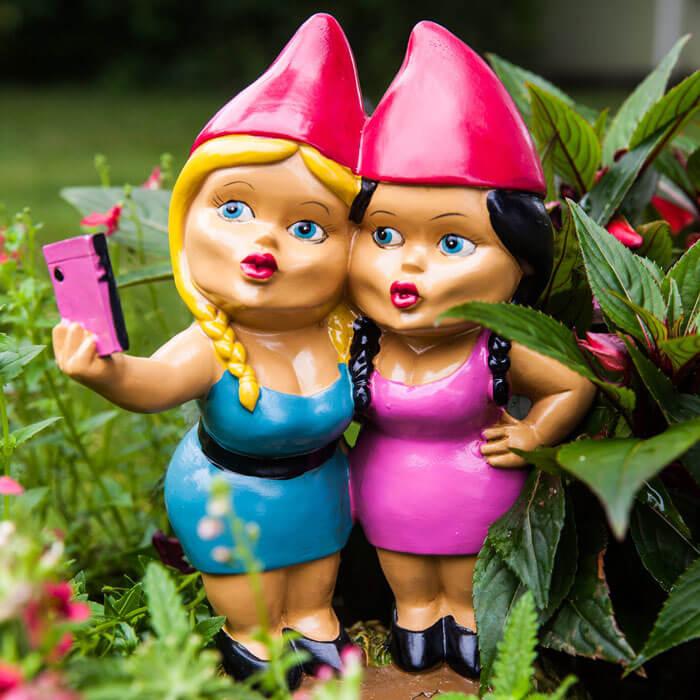 Selfie Schwestern Gartenzwerg