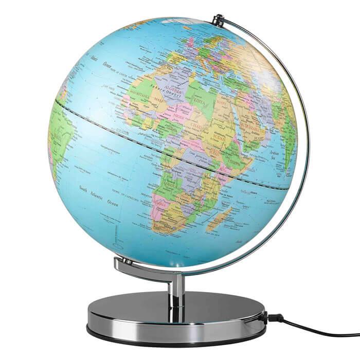 klassischer globus mit licht gadgets und geschenke. Black Bedroom Furniture Sets. Home Design Ideas