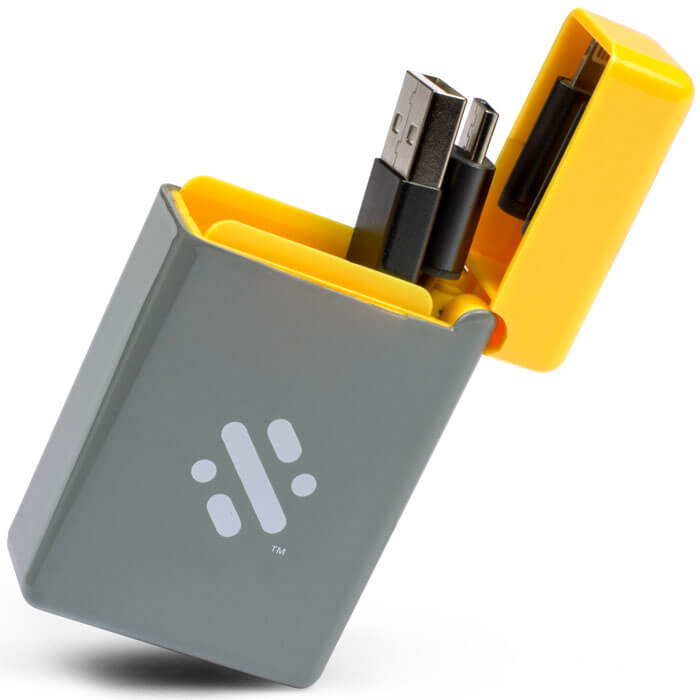 Flip Retractable 3-in-1 Charge Cable