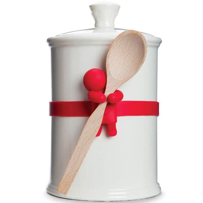 Elastic spoon holder