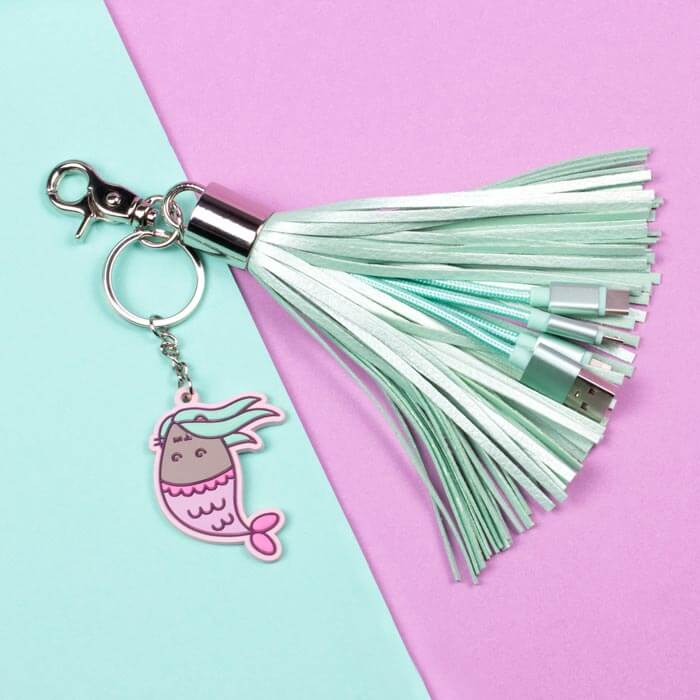 Pusheen Tassel Charger