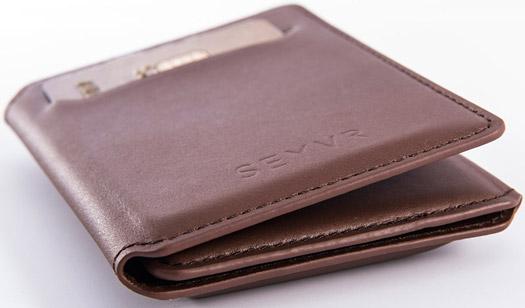 Seyvr - Portemonnaie mit Micro USB Ladestation