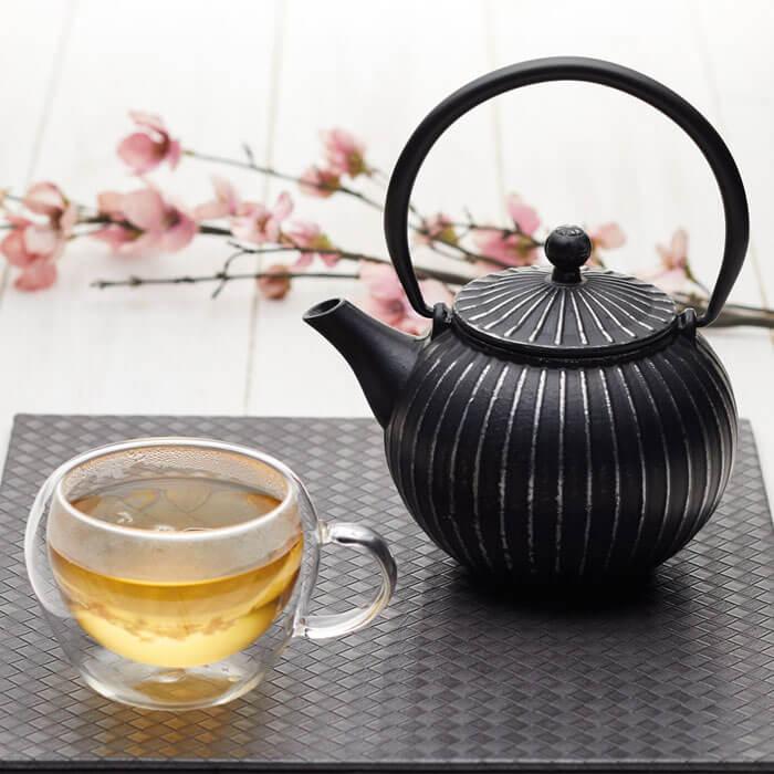 Tetsubin-Style Teapot