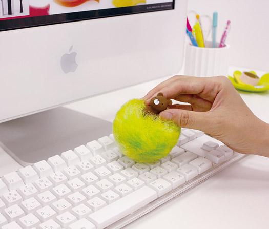 Putzbär für Schreibtisch und PC