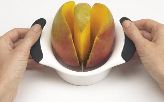 Mango Schneider