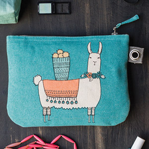 Llamarama - Large Zipper Pouch