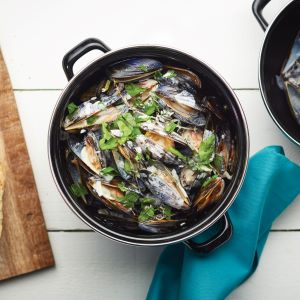 Mediterranean Large Mussels Pot
