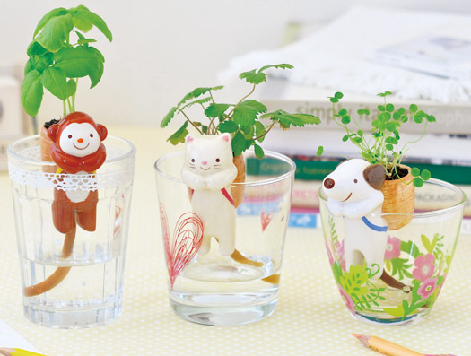 Shippon Self Watering Animals