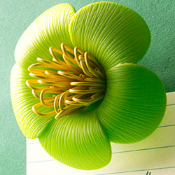 Blossom Paperclip holder Green