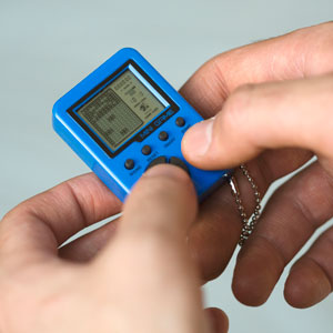 Mini Retro Keychain Game
