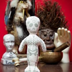 voodoo puppe online